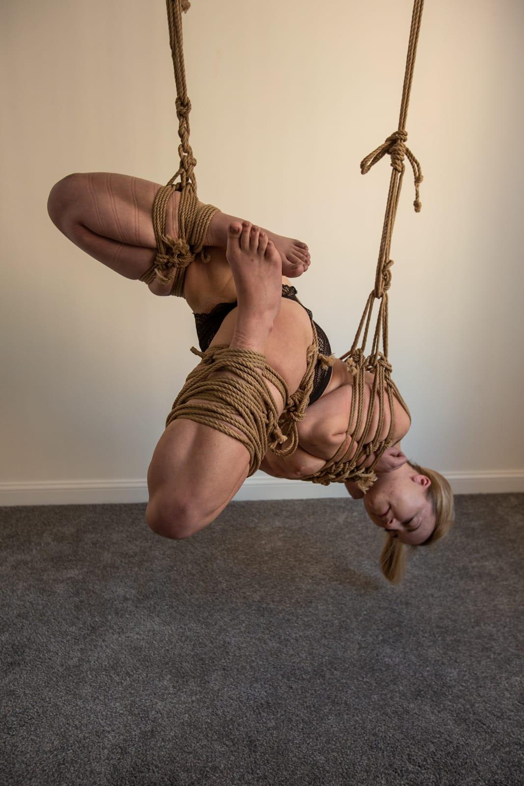 Indoor rope suspension, hanging